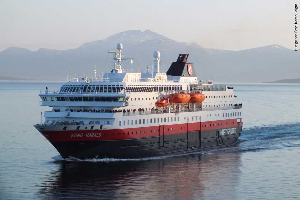 Hurtigruten-Schiff-MS-Kong-Harald-Norwegen