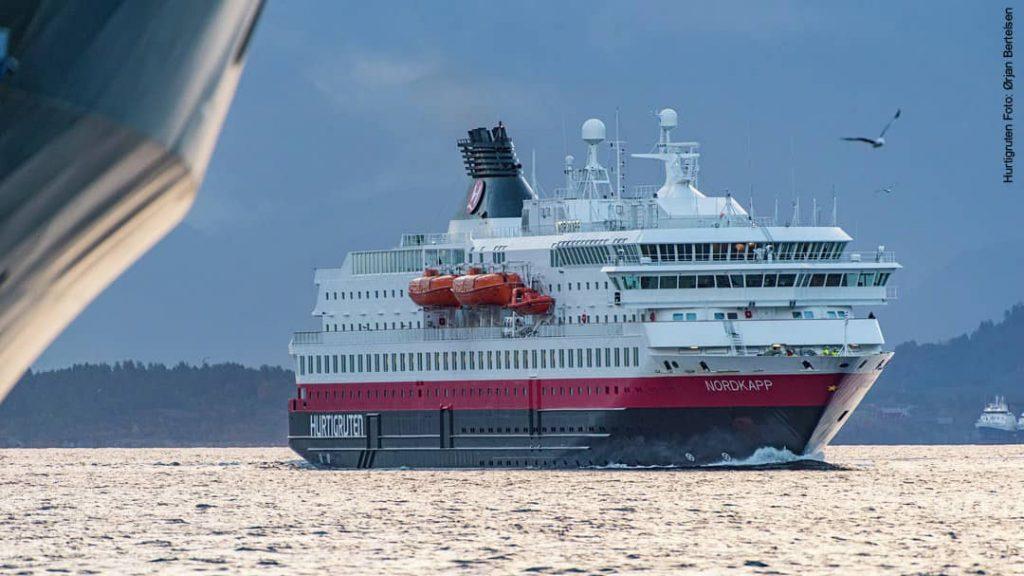 Hurtigruten Schiff MS Nordkapp in Norwegen
