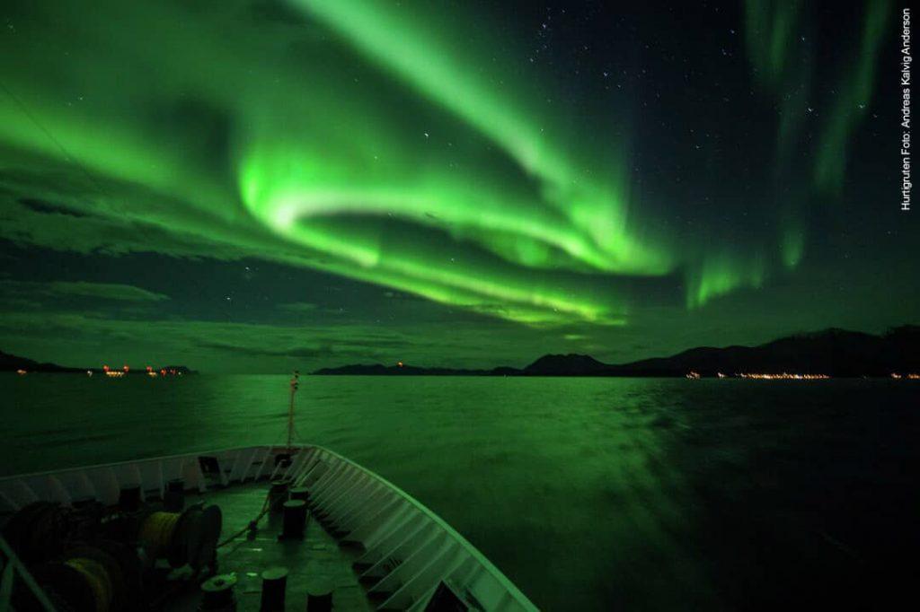 Hurtigruten beste Reisezeit Nordlichter Norwegen